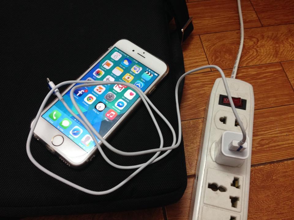 sac-pin-iphone-6