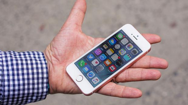 Điều kì diệu có đến với iPhone SE trong năm 2017?