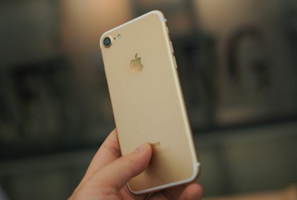 iphone-7-cu-1900x1281_c